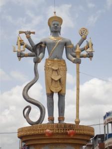 Vishnu roundabout (Battambang)