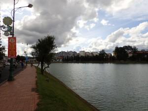 Byen ved vannet