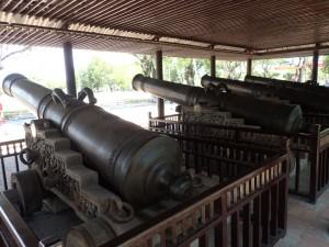 9 cannons (selv om det er bare 4...)