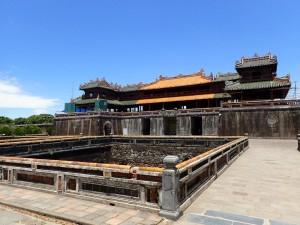 Inngangen til det 2. settet av murer (Ngo Mon Gateway)