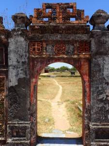 Muren inn til Det forbudte tempel