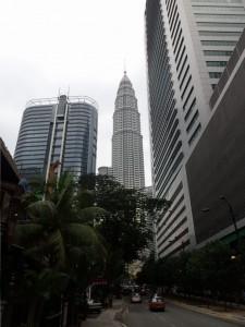 Petronas Towers mellom andre høyhus