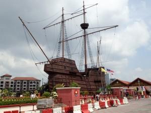 Replika av en gammel seilskute