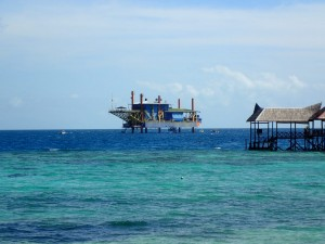Seaventures recycled oil rig hotel