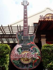 Hard Rock Cafe ligger ved elva