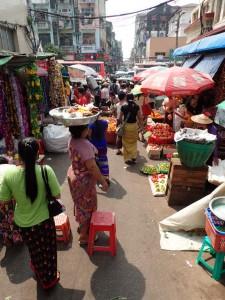 Gatemarkeder er det mange av i byen