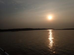 ...og solnedgang over Irrawaddy