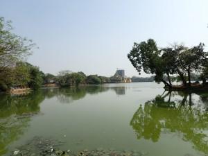 Kandawgyi Lake, en av to innsjøer i byen