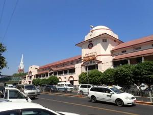 Bogyoke Aung San Marked, sentralmarkedet i Yangon